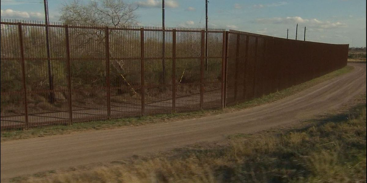 White House considers diverting billions more for border wall
