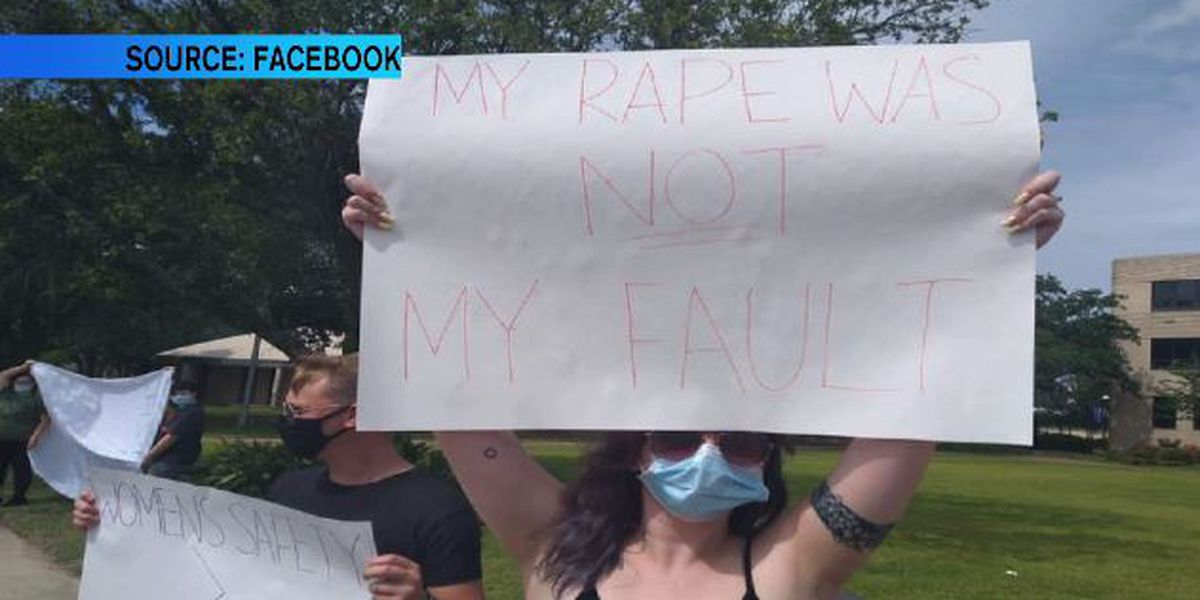 Student and former students protest behavior of McNeese counselor