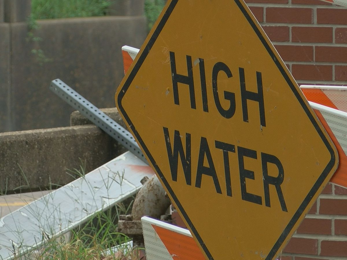 FLOODED ROADS: US 171 reopens