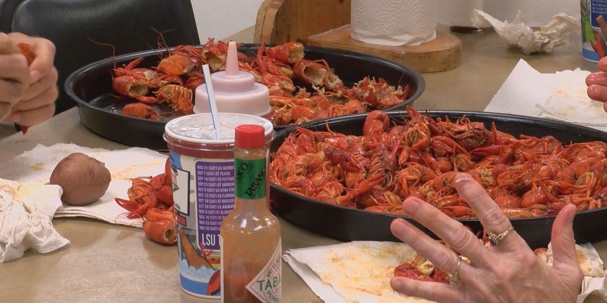 Some SWLA restaurants kicking off crawfish season early